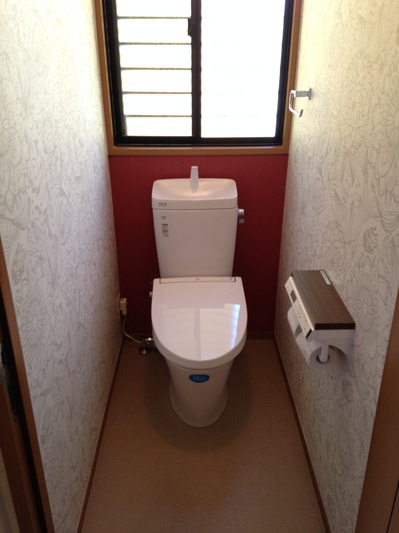 トイレ (リフォーム後)